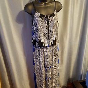Valerie Bertinelli Black, Blue & White Dress